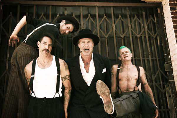 stadionhymnen und hardcorefunk - Showtime: Die Red Hot Chili Peppers live in der Festhalle Frankfurt